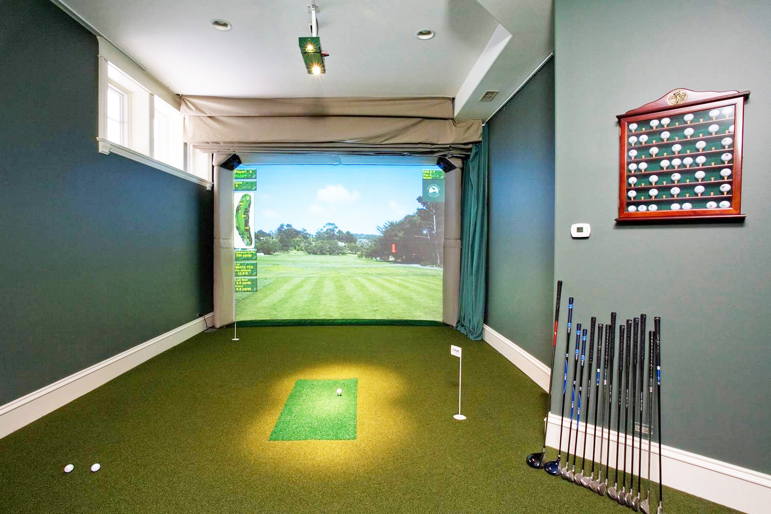 Top Reasons Why You Should Play Indoor Simulated Golf