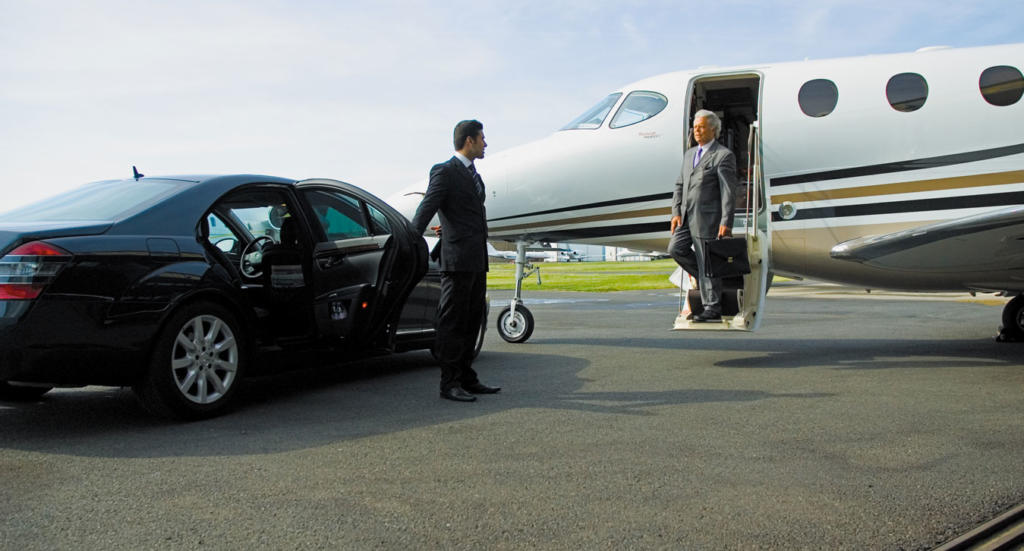 Benefits of Hiring an Airport Limousine